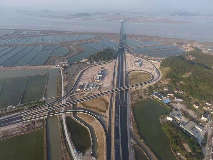 """2424小时,三门湾大桥及接线工程台州段路面""""拿下"""""""