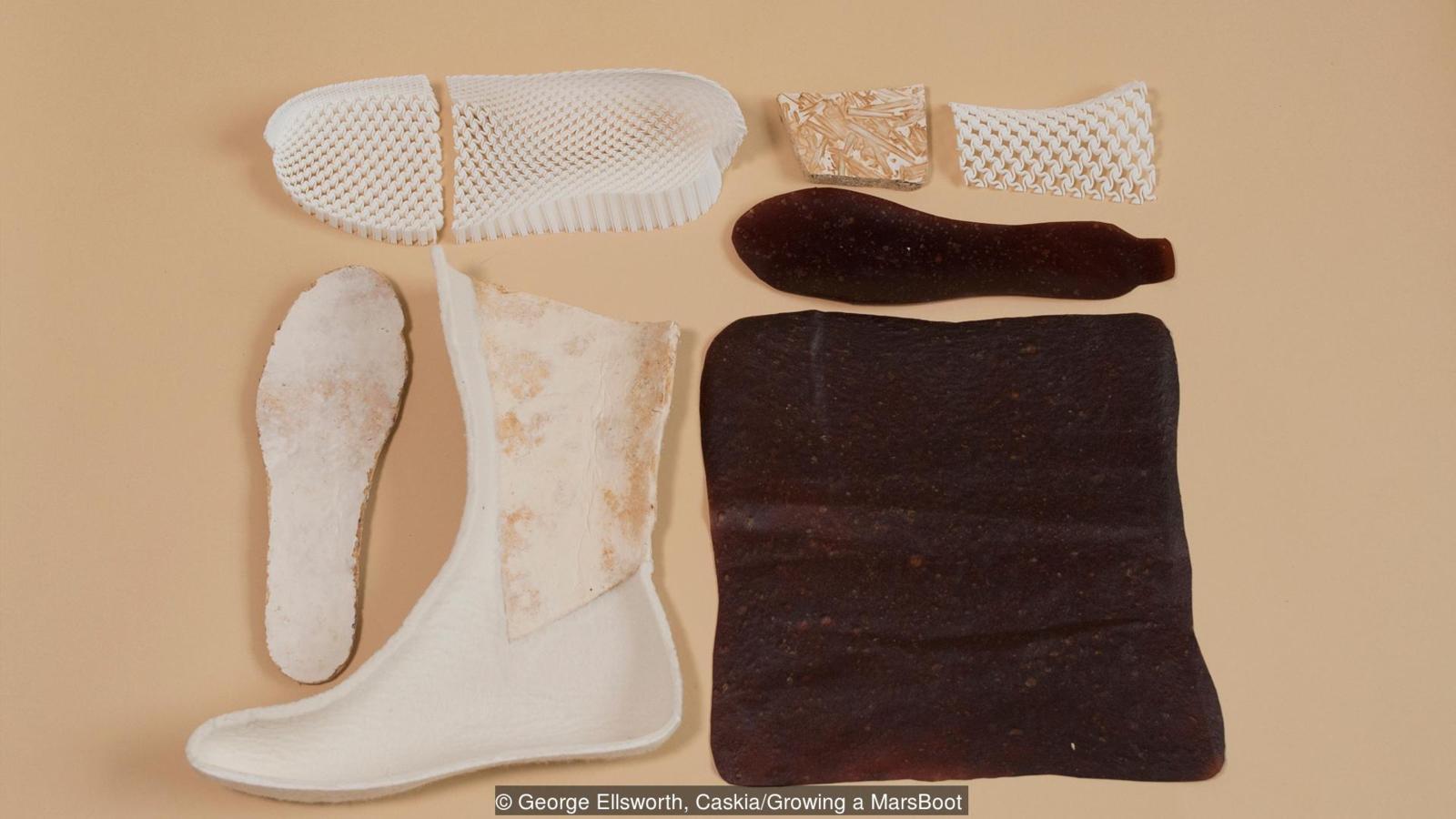 可以在飞船上生产的靴子,竟是用汗液和真菌做成的