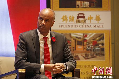 难民和公民事务部部长胡森(Ahmed Hussen)在多伦多对媒体表示,加方愿为中国公民访加提供更多便利。 中新社记者 余瑞冬 摄