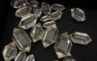 天然钻石开采量或触顶 产业面临调整
