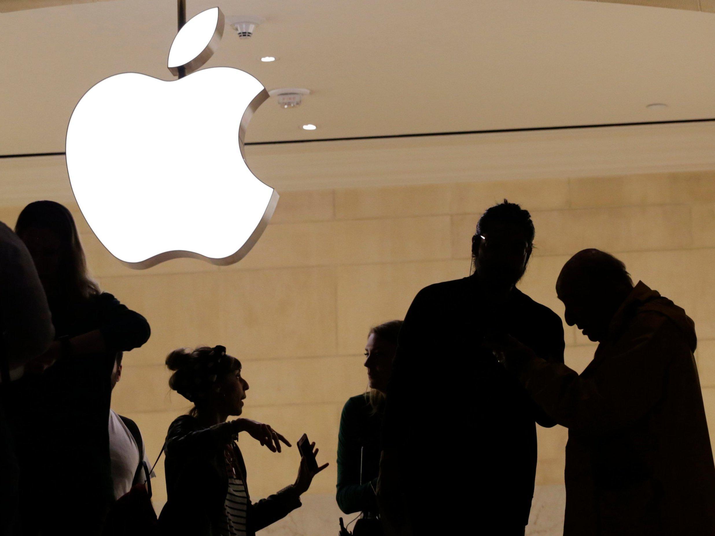 iPhone出货量疲软,苹果盘后市值跌破1万亿美元