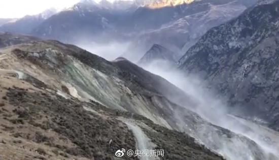 金沙江川藏交界处形成堰塞湖 3000余人连夜转移