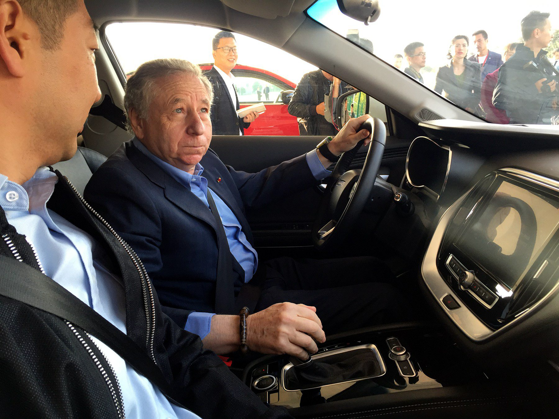 国际汽联主席让·托德  成捷途X70万人试驾第一人