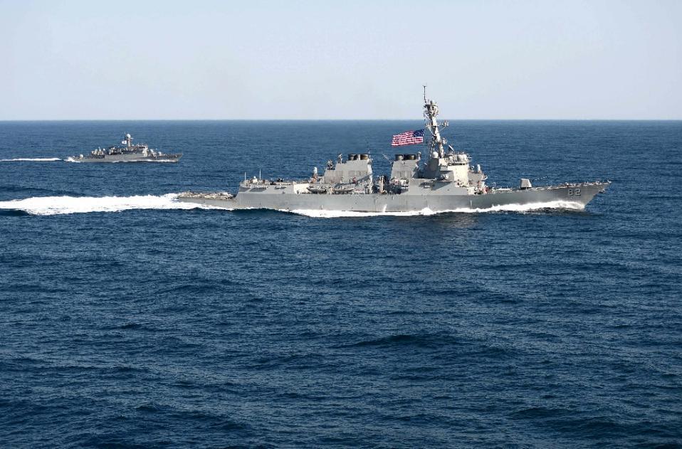 """美海军称与中方18次""""不安全相遇""""专家:强盗逻辑"""