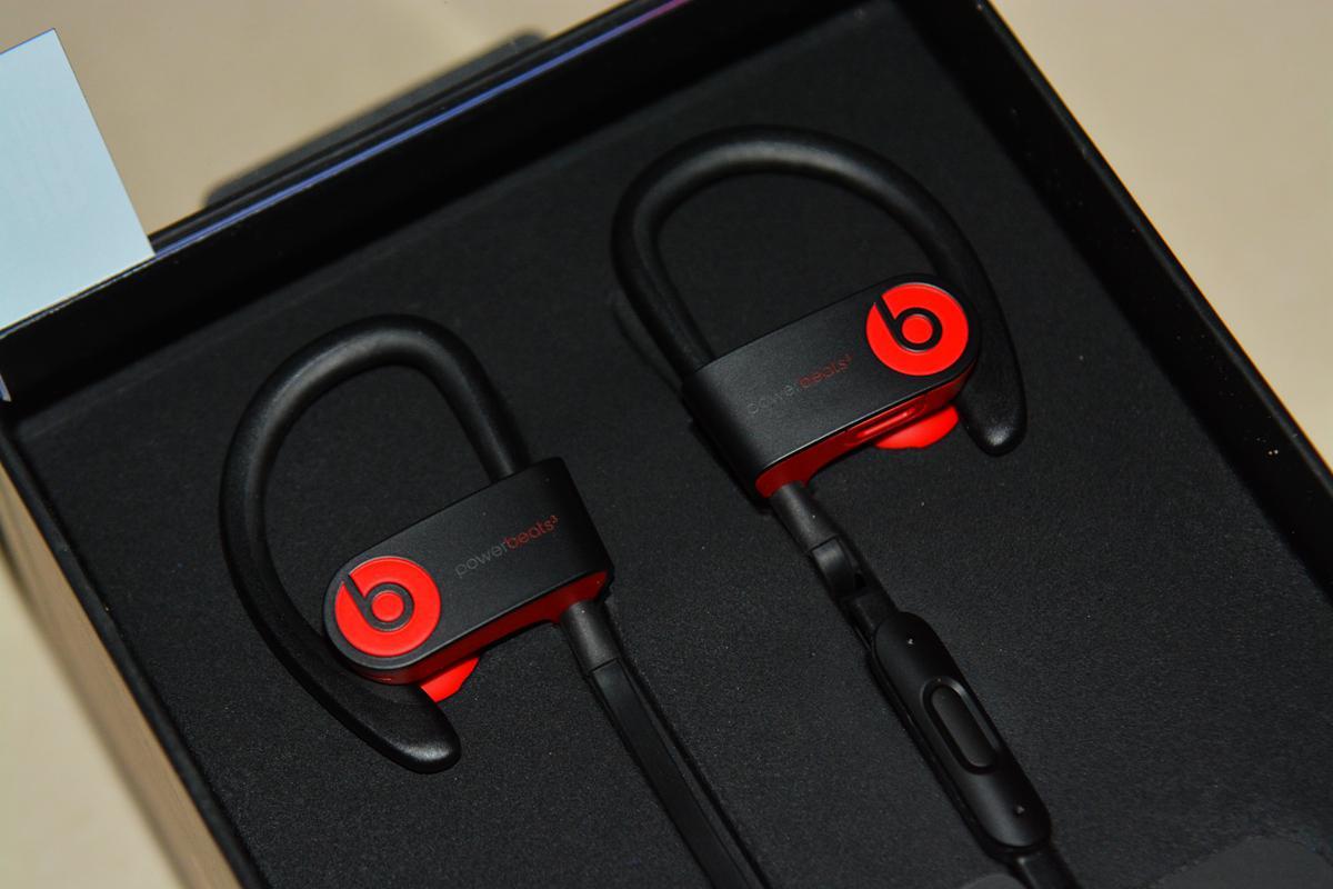 评测室:Beats Powerbeats3蓝牙运动耳机
