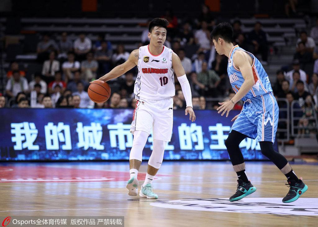 赵睿:战新疆是带伤出战 第一次扮演掌控比赛的角色