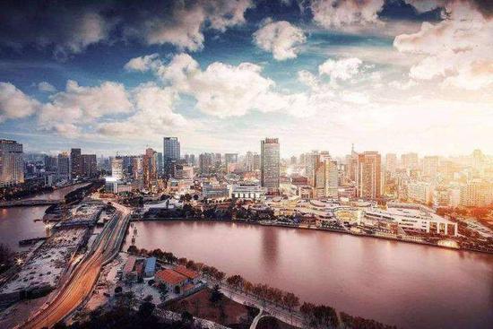 改革开放40年,中国展现新面貌