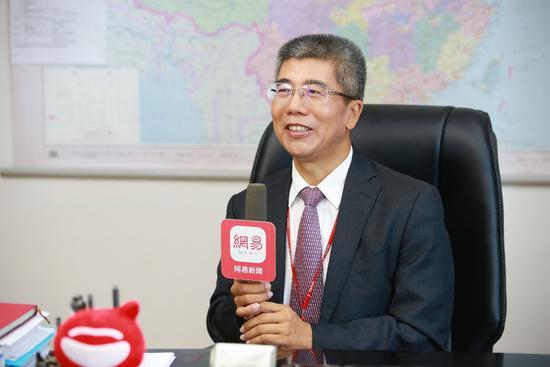 金吉列留学董事长朱燕民接受采访