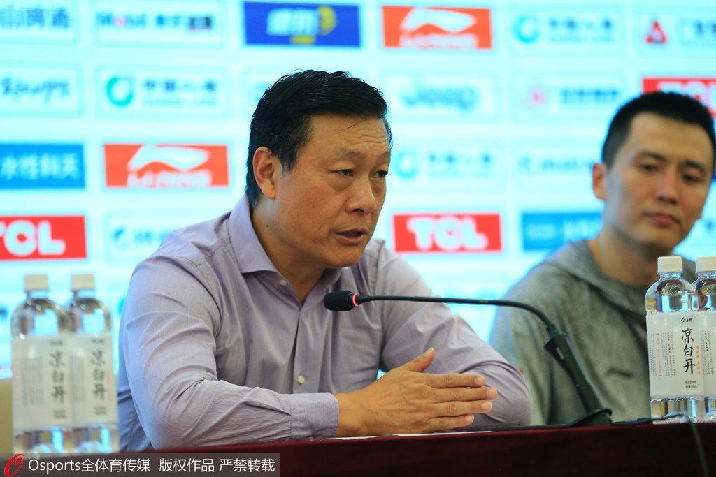 李秋平:攻防两端都出问题 我们不是强队更需鼓足劲