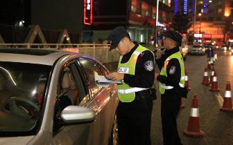 全面提升群众安全感:九龙坡警方全警动员打响岁末平安