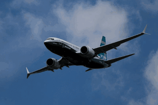 波音将警告航企:新型波音737有俯冲坠落的危险