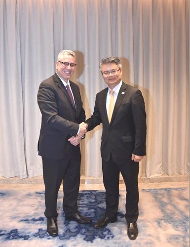 中国银行副行长林景臻与福特汽车集团副总裁柯凯瑞在沪会面_什么