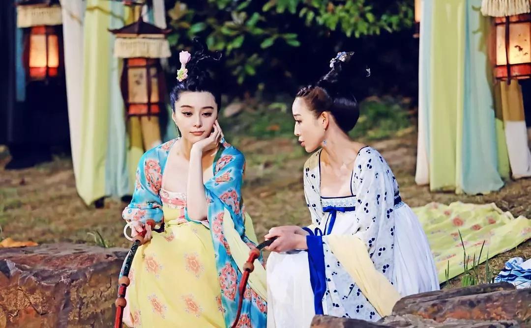 武媚娘和徐慧是古装剧里塑料姐妹花的代表,虚假的姐妹情谊说散就散。/《武媚娘传奇》剧照