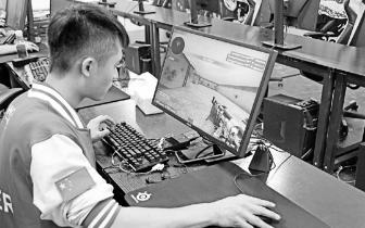 iG夺冠开始影响杭州电竞小镇,选电竞课的,男生女生都有