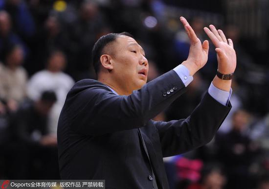 王晗:限制辽宁的反击和外线投篮 很高兴能赢下比赛