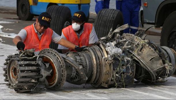 失事前更换传感器 印尼狮航坠机现谜题