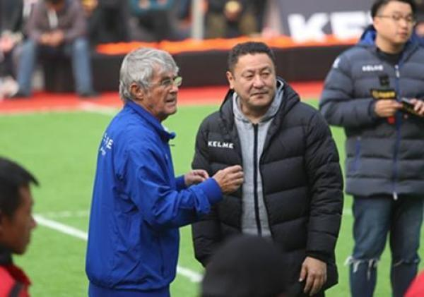 红彩专家马明宇与米卢