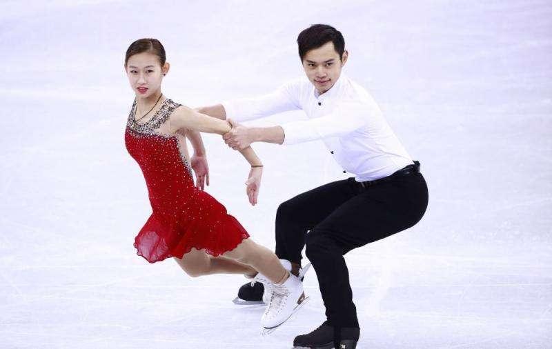 花滑日本站彭程/金杨双人摘银 两站亚军进总决赛