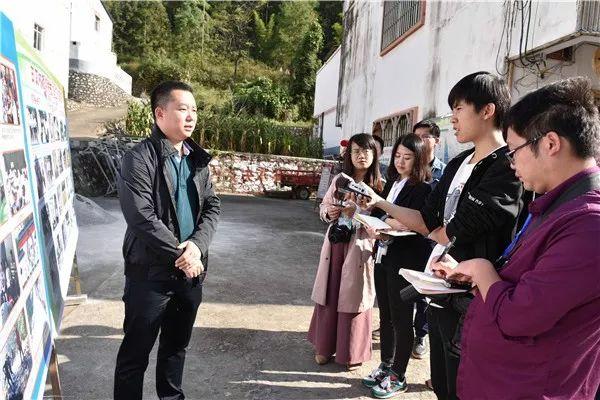 """广西政协""""八桂行""""新闻媒体到宜州区采访"""