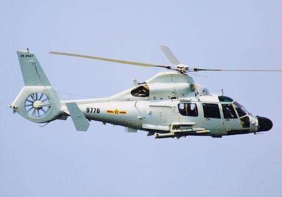 中国驻吉布提保障基地护航直升机医疗后送训练