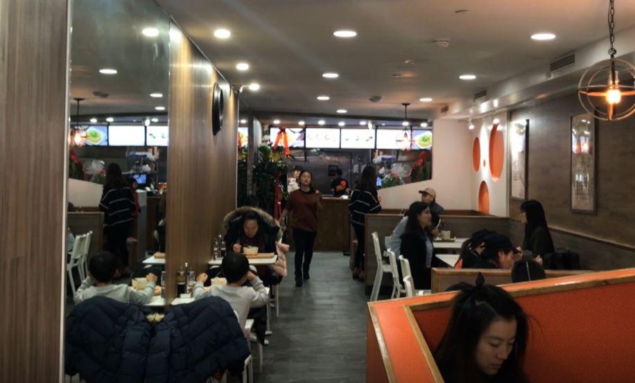 沙县小吃在美开业3小时就关门 原因:人太多