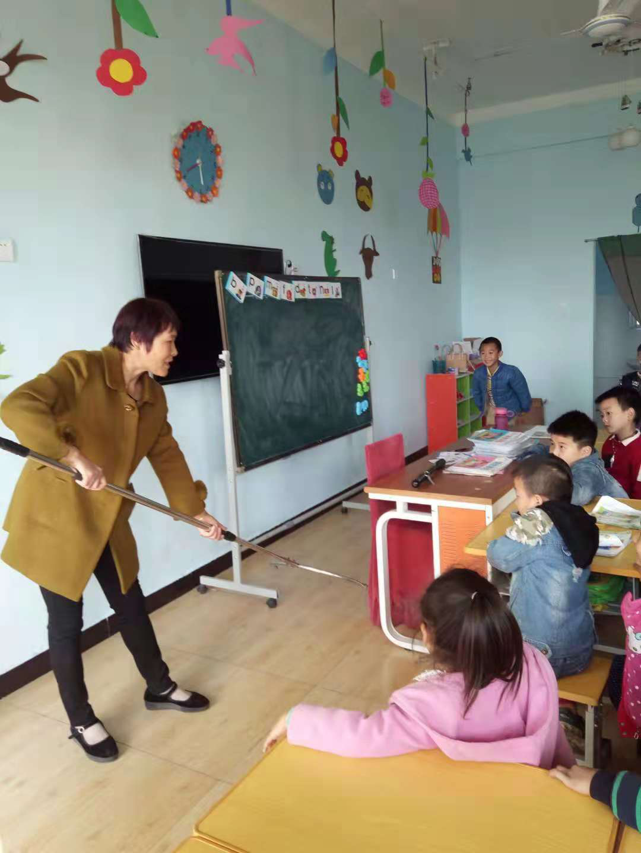 西平县焦庄耐心育才幼儿园举行防暴演练与安全教育