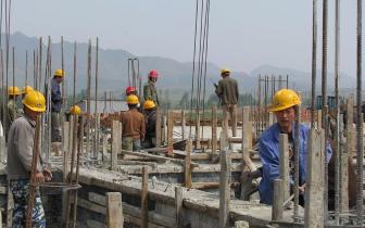 江西农民工工资有保障 工程单位每月须造工资条