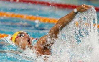 我!徐嘉余!破100米仰泳世界纪录啦