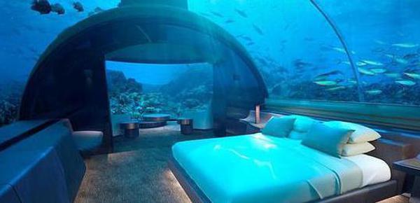 住在5万美元一晚的海底别墅是什么感受?