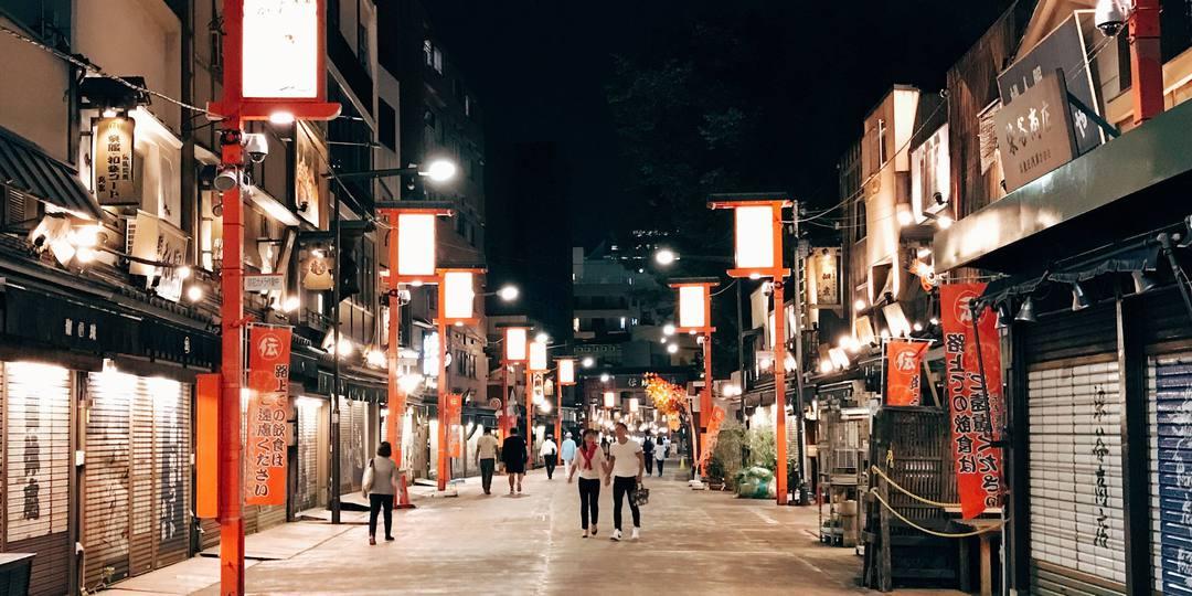 """日本東京日暮里站:""""纤维街""""的下町物语"""