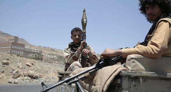 也門荷臺達戰事持續 一天至少139人喪生