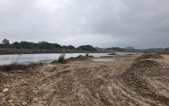 非法采砂取土猖獗 龙虎山景区国土水利部门监管薄弱
