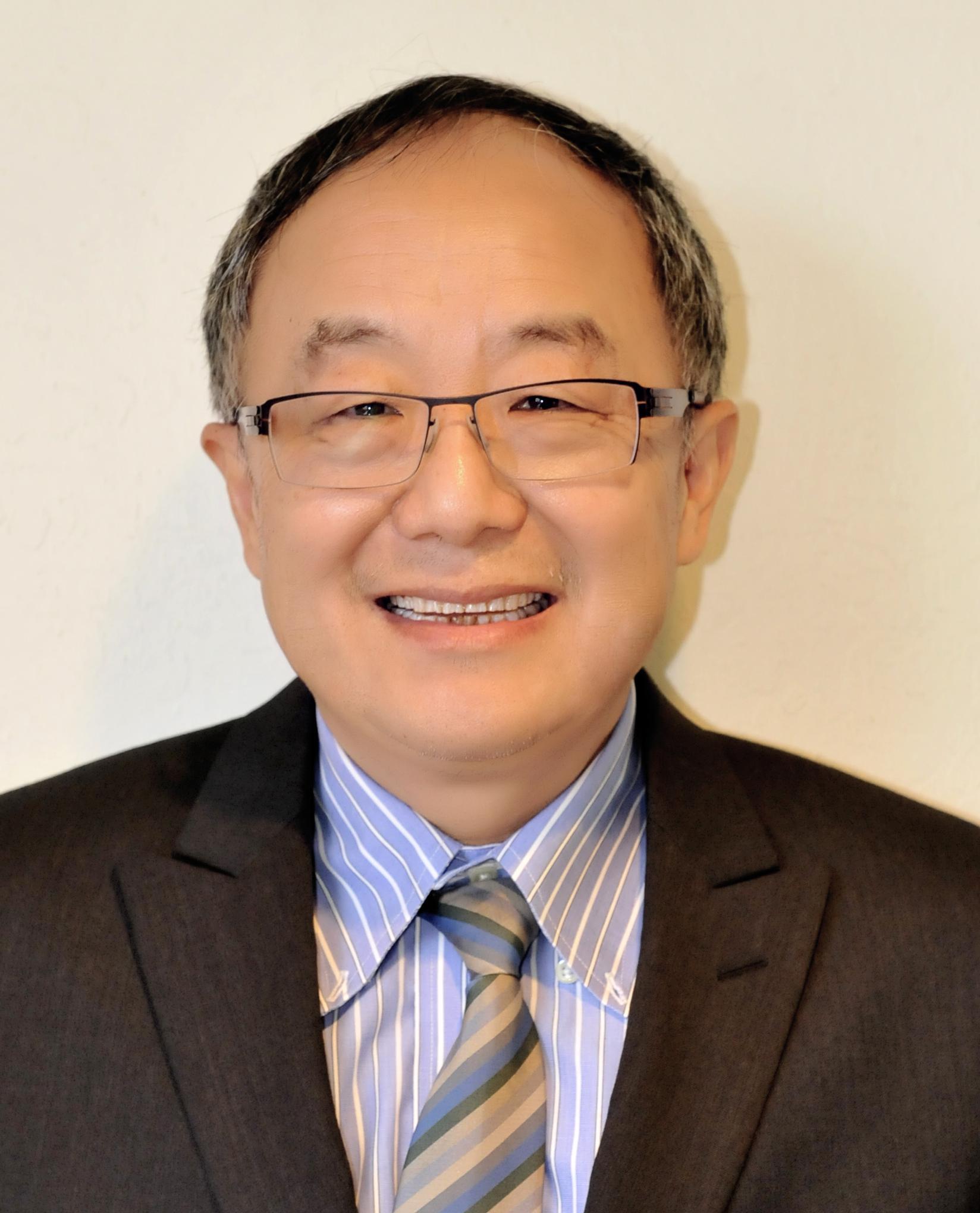 院士王小凡:只要方法对 中国有理由成科研强国