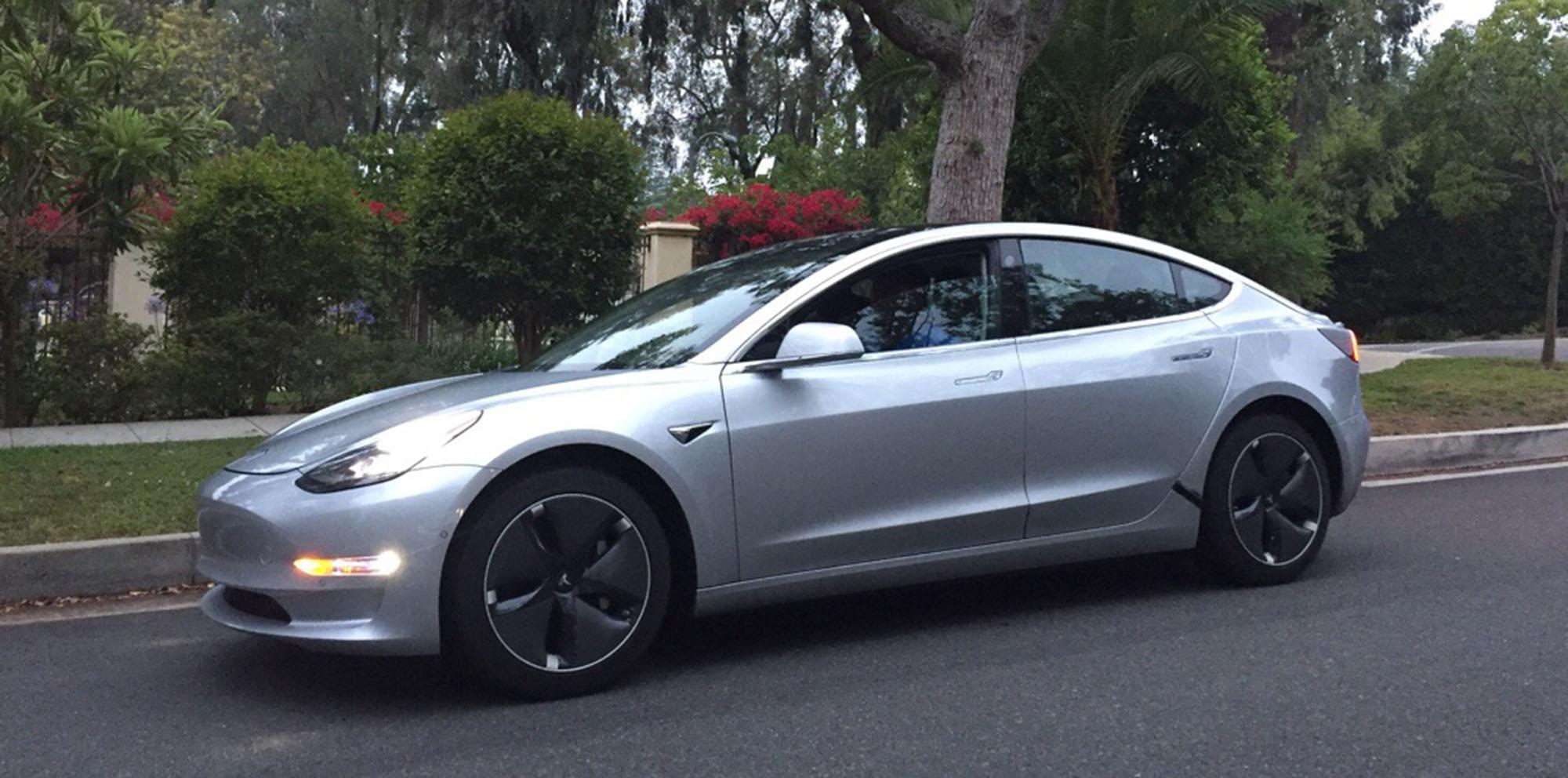 馬斯克:Model 3明年3/4月可能交付中國消費者