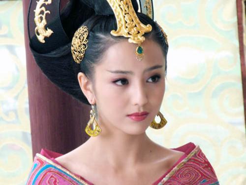 佟丽娅 热巴 娜扎 这些新疆姑娘也太好看了!(组图)
