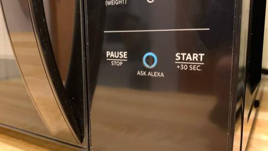 外媒体验亚马逊智能微波炉:自动帮你算热饭时间