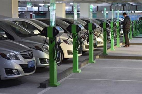 中国大力发展新能源汽车,但充电桩够么?(图)