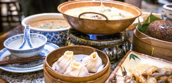 """精致小资的上海人 为何独爱""""低微""""的本帮菜?"""