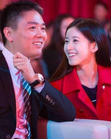 刘强东:管理团队可处理好京东成熟业务