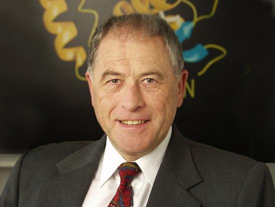 2002诺奖得主:现在很多科学家愿意去欧洲和中国