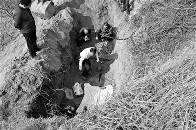 三代人守墓73年 无名烈士身份确认系副旅级干部