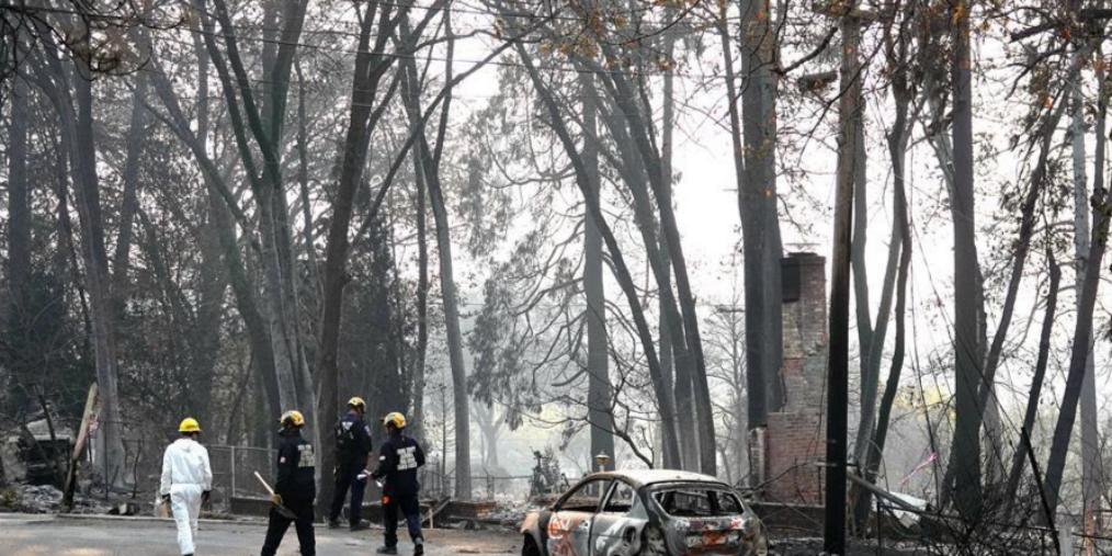 美山火灾区加紧搜寻上千失联者