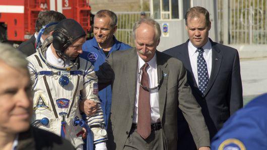 马斯克吸食大麻惹恼NASA 企业文化受到