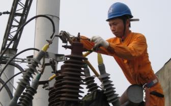新荣区供电公司多措并举迎峰度冬