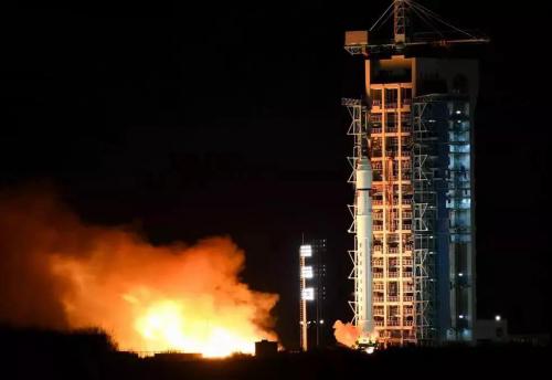 """我国首颗软件定义卫星""""天智一号""""发射成功"""
