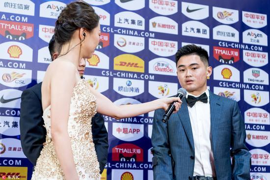 黄紫昌击败郭全博当选为最佳U23球员 赛季献5球