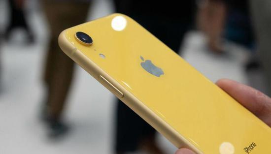 日本移动运营商将降价销售苹果iPhone XR【组图】