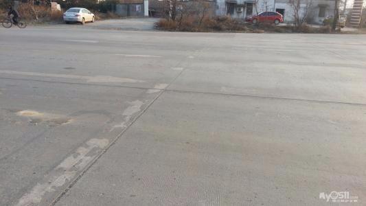 唐山中心区一路口人行横道消失了? 交警部门回复