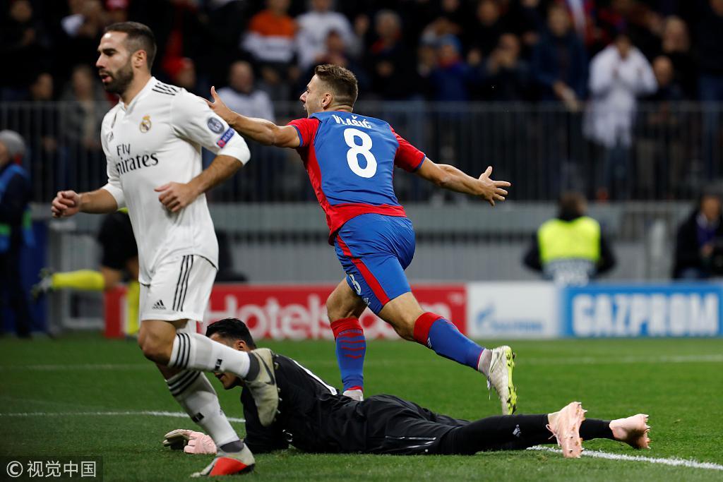 马德里不可思议:52天内,被暴强巴萨痛击4次!