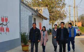 示范区办公室主任杨杰一行到阳店镇调研综合文化服务中心建设工作